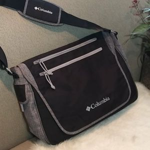 Columbia messenger/baby bag with cooler